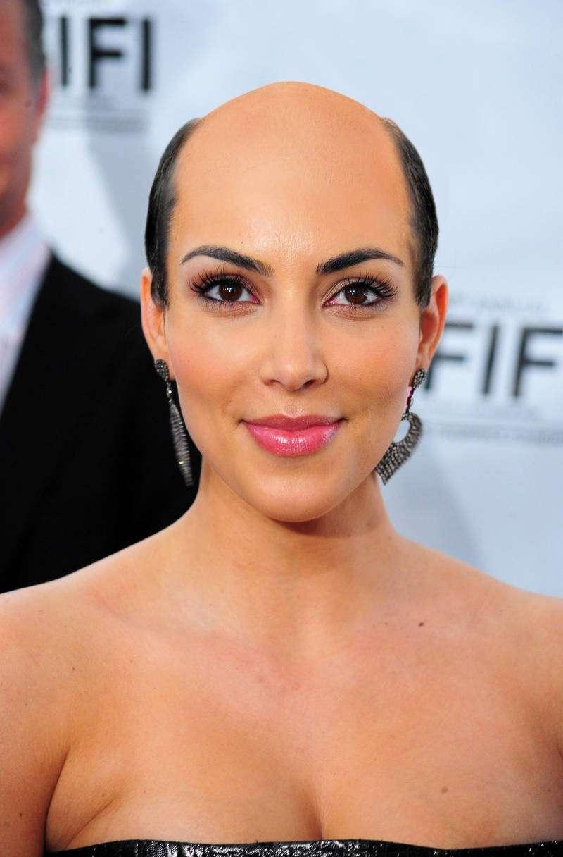 Kim Kardashian hilarious bald picture