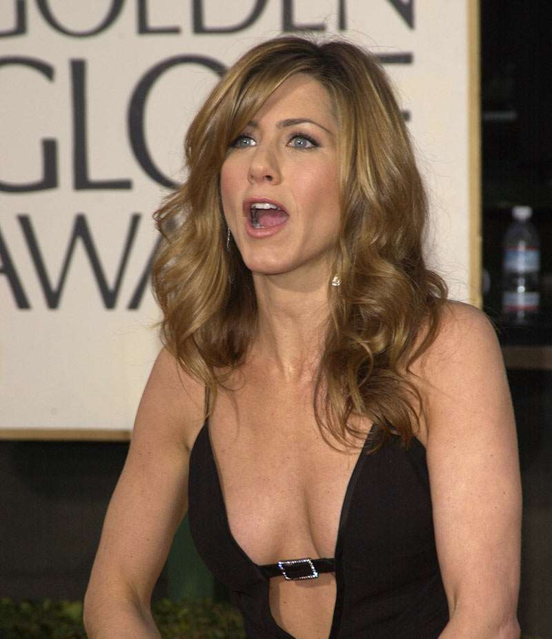 jennifer aniston brown hair posted on tuesday august 5th