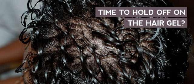 Cheveux gélifiés graisseux qui tombent et deviennent fins