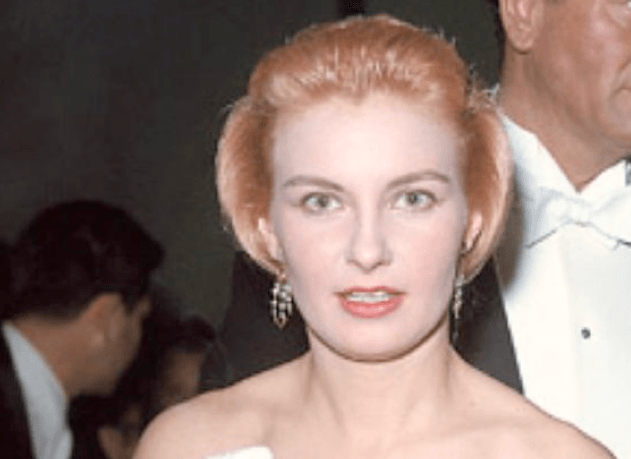 Joanne Woodward at Academy Awards